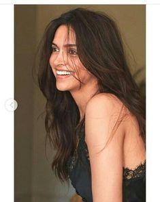 Indian Film Actress, Beautiful Indian Actress, Indian Actresses, Bollywood Fashion, Bollywood Actress, Beauty And Beast Quotes, Best Bollywood Movies, Dipika Padukone, Deepika Padukone Style