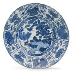A Chinese Export kraak porcelain blue and white 'Quail' charger, Wanli period, circa 1600