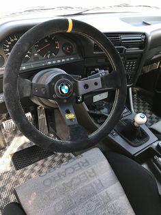 Bmw 316i, Bmw E30 M3, Bmw Alpina, Best Car Interior, Bmw Interior, Aircraft Interiors, Bmw 2002, Bmw Classic, Jdm Cars