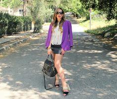 Fringe Benefits now on the blog! Color-block Coye Nokes Sandal, Fringe top, vintage Anne Klein oversized blazer.