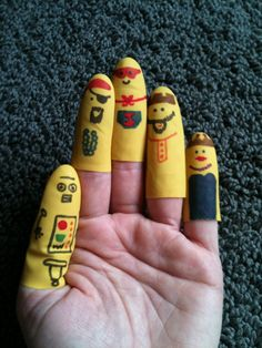 Mom has Cooties: Bath Finger puppets. Made from dish glove?