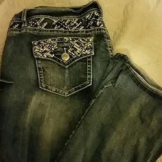 Zco jeans Like new! Only worn once or twice. I bought right after having my daughter last year and then only wore a few times. No signs of wear on pants. Approximately a 32-33 inch inseam. Lots of pretty details on the pants! Zco Jeans Boot Cut