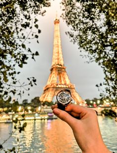 Go explore the city of Love and take your favorite watch with you!