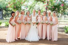 Visual for bridesmaids( bouquets colors all )