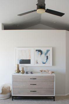 Ways to Hide Tv In Bedroom. Ways to Hide Tv In Bedroom. Diy Framed Art that Slides to Hide Your Tv Tv Escondida, Diy Framed Art, Home Interior, Interior Design, Tv Covers, Hidden Tv, Diy Casa, Tv In Bedroom, Diy Bedroom