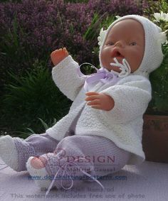 My Lovely little Baby Doll, Lisa in my Garden, - Dressed in Beautiful Clothes Knitted in White and Lilac Design: Målfrid Gausel Knitting Dolls Clothes, Knitted Dolls, Doll Clothes Patterns, Doll Patterns, Baby Girl Crochet, Crochet Bear, Baby Dolls, Child Doll, Reborn Dolls