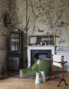The Chinese Bedroom at Felbrigg Hall, hung with Chinese wallpaper in 1752. ©National Trust Images/John Hammond nttreasurehunt.wordpress.com