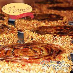 Torta Integral: Banana fresca, aveia integral, açúcar mascavo e cereais.  #love #cake #DiNorma #curta e #compartilhe