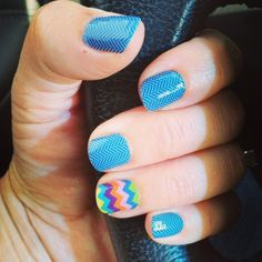 Denim Herringbone nail wraps with a Summer Chevron accent nail wrap by Jamberry Nails