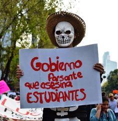 Grognards: Strage di Iguala Ayotzinapa-Corteo Città del Mess...