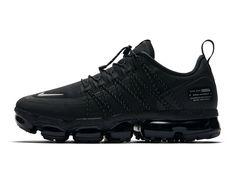 8f5775a974d nike air vapormax run utility 2018 footwear nike sportswear nike running