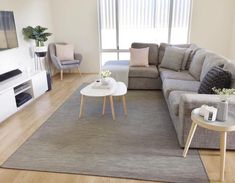 41 Amazing Small Apartment Living Room is part of Small Living Room Design - It is possible that having a tight living room area has gotten you down You could be experiencing claustrophobia or […] Living Pequeños, Simple Living Room, Modern Living, Bedroom Simple, Scandi Living Room, Living Room Gray, Living Area, Cute Living Room, Gray Bedroom