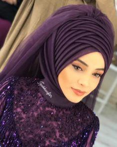 Bridal Hijab, Hijab Bride, Wedding Hijab, Pakistani Bridal Dresses, Indian Skin Makeup, Hijab Gown, Beautiful Hijab Girl, Hijab Makeup, Hair Wrap Scarf