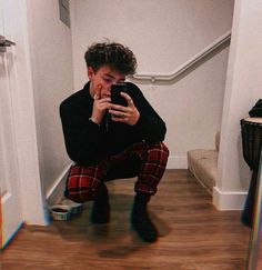 these shoes look like socks-Zach Herron Zach Herron, Future Boyfriend, Future Husband, Why Dont We Imagines, Why Dont We Band, Jonah Marais, Jack Avery, Corbyn Besson, Cool Bands