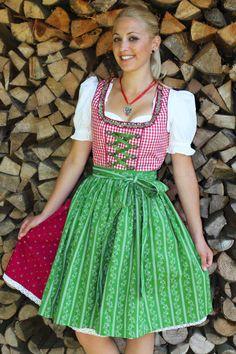e223551c6d3d44 Die 58 besten Bilder auf Wir ❤ das Oktoberfest | Dirndl nähen in ...