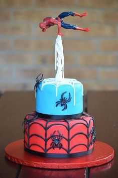9 Ways to Decorate a Spiderman Birthday Cake – Baking Time Club Spiderman Birthday Cake, 5th Birthday Cake, Superhero Cake, Superhero Birthday Party, Birthday Cakes For Boys, Spiderman Theme, Fourth Birthday, Belated Birthday, Birthday Greetings