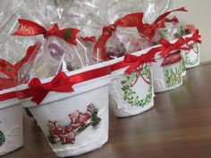 Could be done with clay pots and decoupage. Country Christmas, Christmas Fun, Xmas, Holiday, Clay Pots, Handmade Christmas, My Favorite Things, Projects To Try, Gift Wrapping