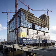 Herzog & De Meuron: Elbphilharmonie Concert Hall. Hamburg, Germany. 2012.