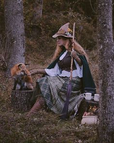 🌿 Witchy Autumns 🌙 Real Witches, Witches Brew, Autumn Witch, Witch Cottage, Glinda The Good Witch, Witch Art, Fantasy Witch, Fantasy Art, Wolf