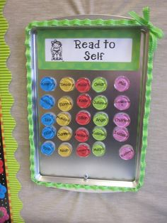 ~Zeek's Zoo~Daily Five organization and other great classroom organization ideas! I like these magnets for class rotations. Daily 5, Daily Five Cafe, Daily Five Organization, Teacher Organization, Organization Ideas, Organizing Tips, Kindergarten Classroom, School Classroom, Kindergarten Rocks