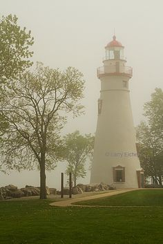 Marblehead Light in Marblehead, Ohio is the oldest lighthouse in continuous operation on the Great Lakes and has been operating since Marblehead Lighthouse, Ohio, Beacon Of Light, World View, Lake Erie, Light House, Great Lakes, Windmill, Vacation Spots