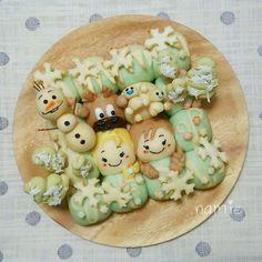 アナと雪の女王のちぎりパン♪ Bunny And Bear, Pull Apart Bread, Steamed Buns, Cute Food, Diy Food, Eating Well, Food Art, Kids Meals, Bakery