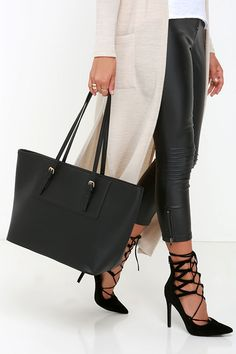 Out of Towner Black Tote | $49