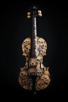 Violín de cráneo tallada violín cráneo memento mori por ArtistInFla