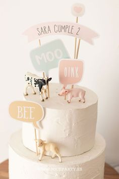 """Farm cake topper from the printable party kit """"farm party"""", available on Niceparty. Farm Birthday Cakes, Animal Birthday Cakes, Farm Animal Birthday, Birthday Cake Girls, Birthday Cake Toppers, Baby Birthday, 1st Birthday Parties, Farm Animal Party, Farm Animal Cakes"""