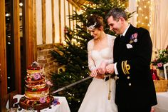 brides-of-winchester-wedding-gown-suzanne-neville-hayley-savage-photography-68