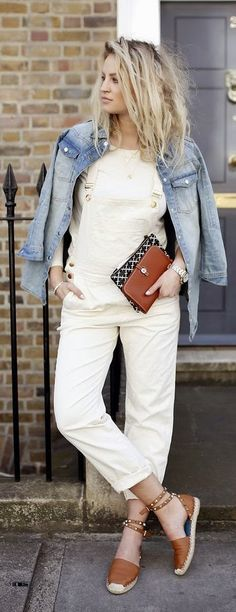 Casual Street Style.  How I want to dress most days.