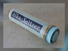 """ALKA SELTZER came in a glass bottle in the RETRO RELIEF! They had had a jingle that went """"When the bottle's down to 4 that's the time to buy some more"""". My Childhood Memories, Sweet Memories, Vintage Advertisements, Vintage Ads, Retro Advertising, Procter And Gamble, Nostalgia, Alka Seltzer, Thanks For The Memories"""