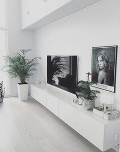 35 Neat and stylish IKEA Besta devices - # Besta devices . 35 neat and stylish IKEA Besta devices - # BestaGeräte Always wanted to discove. Decor Home Living Room, Ikea Living Room, Bohemian Living Rooms, Living Room White, Small Living Rooms, Living Room Modern, Living Room Designs, Minimal Living, Bohemian House