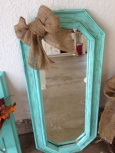 Refurbished mirror - March 02 2019 at Refurbished Mirror, Refurbished Furniture, Repurposed Furniture, Home Decor Furniture, Furniture Makeover, Furniture Ideas, Antique Decor, Rustic Decor, Recycled Mirrors