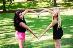 Best Friends Photoshoot Photography Pose Idea Heart Love