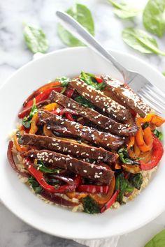 30-Minute Sriracha Pepper Steak bybakerbynature #Steak #Pepper #Sriracha #Quick