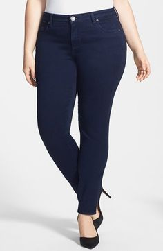 Free shipping and returns on KUT from the Kloth 'Diana' Stretch Skinny Jeans (Discrete) (Plus Size) at Nordstrom.com. Tonal topstitching enhances the lean, leggy look of stretchy jeans saturated in a dark wash and designed for a skinny silhouette.