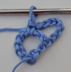 Tutorial Crochet - La KEFIAH Super semplice fare altre 8 catenelle e un punto basso al centro del primo cerchio