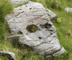 Berggeister erscheinen im weissen Bergrauschen Garden Sculpture, Outdoor Decor, Nature, Mystery, Pictures, Photos, Nature Illustration, Off Grid, Drawings