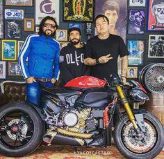 Ducati 1199 Panigale custom streetfighter / Cafe Racer