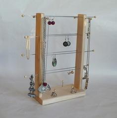 Stojany na šperky  http://www.fler.cz/jenam