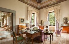 Royal suite Della Gherardesca at the Four Seasons Hotel in Florence, Italy (my favorite city in the whole WIDE world)