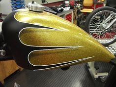 scallop tank paint - Google Search Custom Motorcycle Paint Jobs, Custom Paint Jobs, Motorcycle Tank, Motorcycle Design, Custom Tanks, Custom Bikes, Pinstriping Designs, Helmet Paint, Tank Design