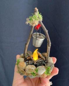 Fairy Garden Pots, Fairy Garden Furniture, Fairy Garden Houses, Gnome Garden, Diy Fairy House, Fairies Garden, Garden Pond, Fairy Crafts, Garden Crafts