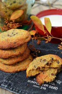 biscuiti cu dovleac si ciocolata Pumpkin Chocolate Chip Cookies, Biscuit, Desserts, Food, Bebe, Essen, Tailgate Desserts, Deserts, Postres
