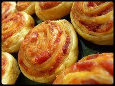 Feuilletés apéritifs tomate-bacon
