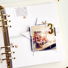 December Daily, Christmas Journal, Christmas Scrapbook, Hanukkah Gifts, Christmas Hanukkah, Scrapbook Journal, Scrapbook Pages, Daily Page, Daily Thoughts
