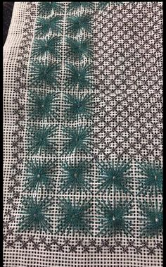 Beaded Embroidery, Cross Stitch, Fabrics, Crochet, Gold, Pointillism, Dots, Tejidos, Punto De Cruz