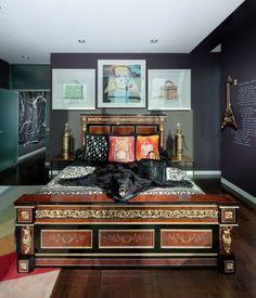 chambre-adulte-exotique-décoration-tableaux