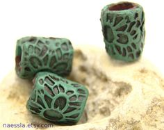 love the color of these beads